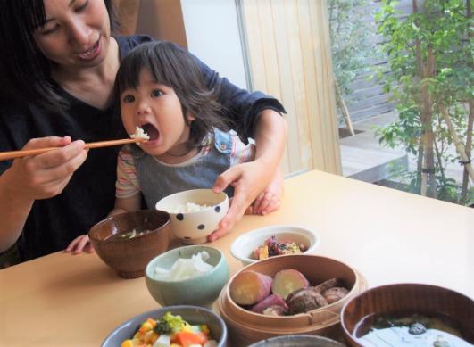 オンラインでも食や育児の悩みを全力サポート!~「毎日のごはん通信パック・スターターセット」