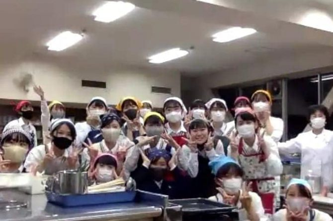 掛川西高校で特別オンラインおやつレッスン開催!